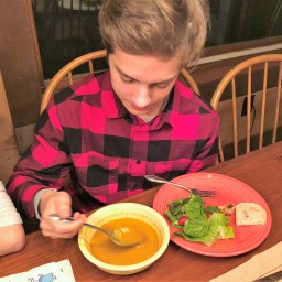 Paleo and Vegan: Curried Pumpkin Coconut Soup